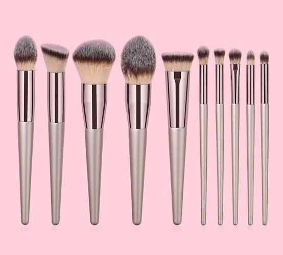 6 Types Brushes And Their Uses – PART 1