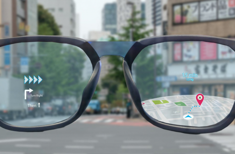 Facebook join hands with Ray-Ban and a few other eye wear companies in creating the world's first consumer friendly 'Smart glasses'