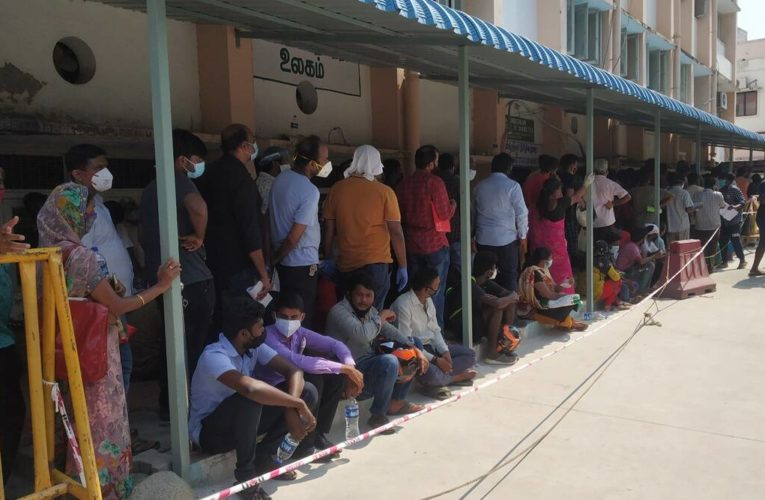 Long queues for Remdesivir doses in Tamil Nadu as the state acquired far fewer doses than required