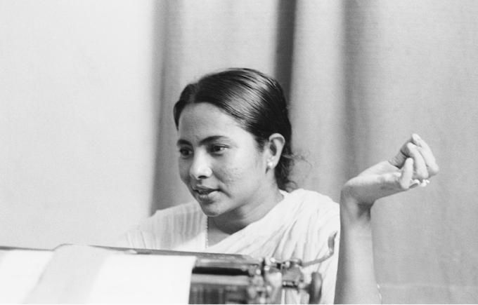 Didi becomes the queen of Bengal once again after cruising a clean sweep