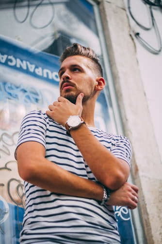 TOP 5 SNAZZY T-SHIRTS FOR MEN