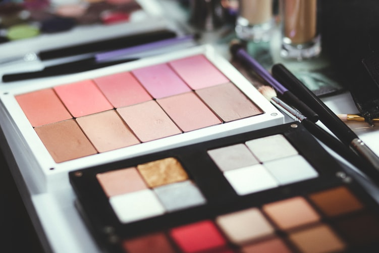 TOP 3 NUDE EYESHADOW PALETTES FOR YOUR EYE MAKEUP