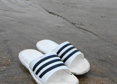 TOP 5 COOL  AND SNAPPY FLIP FLOPS FOR MEN